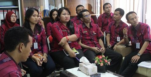 peserta rapat TU